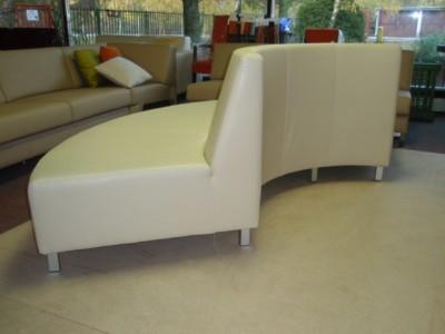 Oblúková sedačka